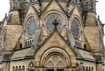 CATHEDRALES,  EGLISES & lieux de cultes