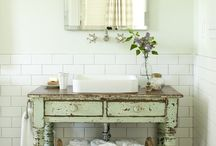French country bathrooms