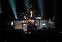Macca en Lima / #PaulMacCartney regresó a Lima por segunda vez y ofreció un concierto inolvidable para sus fanáticos.