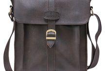 Túi đeo chéo Man-up thương hiệu Lee&Tee