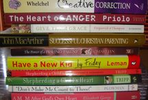Great Book Lists. / by Robin Sonnenberg Winkel