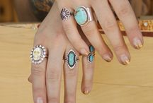 Jewelry  / Focus on vintage jewelry and design with a touch of modern aesthetic / by Erin Stadnik
