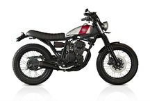 ScrambleBike / 250cc, bubble tank, slightly off-road, pretty and classic / by Christopher Wood