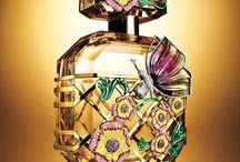 Botellas de perfume joyas