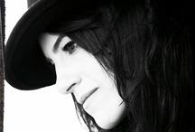 Terra Naomi / Terra Naomi - Awesome song writer, singer & musician. Artist.