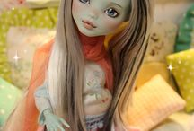 Monster High Customs / by Ruthi