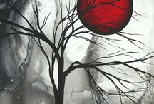 arbre noir soleil rouge