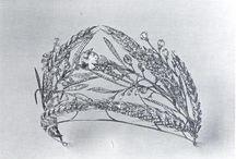 fertility crown