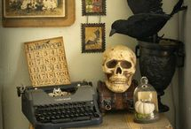 Vintage Inspired Halloween Crafts and Decor / A creative collection of vintage inspired arts and crafts, decor, and gifts for Halloween!  All these awesome creation feature vintage illustrations, real antique items, or other vintage resources from the public domain.