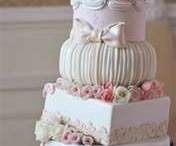 wedding stuff / by McKaylee Brooks