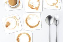 Glass Coaster / Untersetzer / Unsere Untersetzer stechen durch Ihr einzigartiges und trendiges Design hervor. Die Untersetzer schützen nicht nur Ihren Tisch, sie sind zudem auch noch ein ganz besonderer Hingucker bei Freunden und Familie. Ein cuadros lifestyle Untersetzer Set besteht aus sechs einzelnen Untersetzern mit innovativen Motiven. Die Design Untersetzer sind leicht, hitzebständig bis zu 60°C und ganz einfach mit einem feuchten Tuch zu reinigen. #Untersetzer #Bierdeckel #Deckel