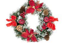 Идеи новогоднего декора - BucaLapi  / Гармоничное убранство помещения создается не многообразием и количеством деталей, а вкусом  и умением сочетать декоративные элементы для создания новогодней атмосферы.