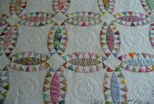 Curvy Quilts / by Curlicue Creations