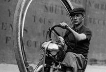 cycles à moteur d'avant et d'aujourd'hui