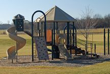 Sports and Recreation / There are plenty of outdoor and indoor sporting venues and parks for you to enjoy in Greater St. Charles, Illinois.