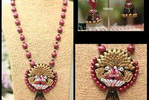 Meera Terracotta Jewellery / https://www.facebook.com/Meera.ThePurestReflectionOfPassion/