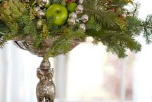Centerpieces / Dynamic floral designs for dining and entertaining. / by National Garden Clubs, Inc.