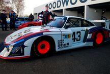 """Dan Harper conduce el Porsche 935/78 """"Moby Dick"""" / El joven piloto Dan Harper conduce el Porsche 935/78 """"Moby Dick"""" en la 76ª Reunión de Miembros de Goodwood."""