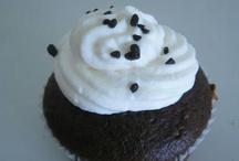 Let them eat cupcakes / https://www.facebook.com/pages/Let-Them-Eat-Cupcakes/370744899697127?fref=ts