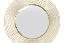 Accessoires | LUMZ / Accessoires creëren sfeer in je huis. Of je nou gaat voor een design spiegel of een eyecatcher voor op je kastje, het kan je interieur maken of breken. Bekijk onze tips!