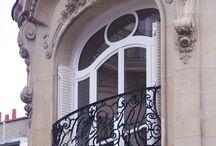 Appartement haussmannien / Des réalisations sur mesure pour ces appartements parisiens de style haussmannien.
