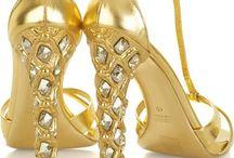 All Gold!!! Too / by Sandra Zinn