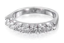 Évfordulós gyűrűk