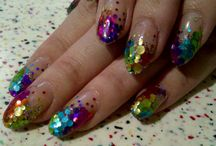 SummerNails / by Umut Nigar Duman