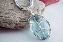 Wire cristals