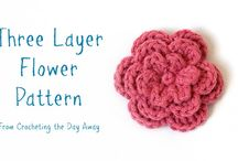 crochet flowers, leaves, plants / by Suzanne Lavender