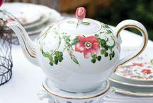 *tea pots and cups*