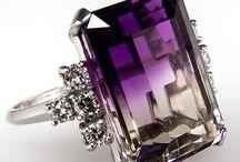Accessories & Jewelleries
