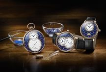 The art of Paillonné Enameling by Jaquet Droz. / Paillonné enameling is a marriage of azure and gold, a design of infinite delicacy, a work born of incredibly high standards. The Jaquet Droz artisans have excelled in this ornamental technique since the 18th century