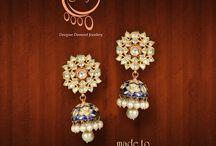 Royal Jadau / Jadau jewellery or engraved jewellery is one of the traditional jewelleries of India that originated in Bikaner, Rajasthan. Embedded in gold, Jadau makes use of semi-precious stones and uncut diamonds called polki.