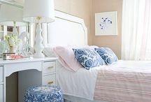 Apartment decorating ideas / by Liza Malamut