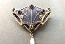 jewelleries*
