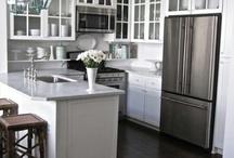 Kitchen / by Jill Gorgei