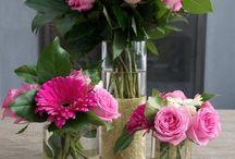 Kimput ja kukka-asetelmat