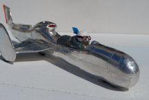 TRICYCLE BONNEVILLE / MOTO/VOITURE /LAC SALE BONNEVILLE /RECORD/ Bronze peint 25cms