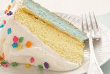 Rainbow Treats / Delicious comes in every hue in the rainbow. Here are some baked goods that celebrate the collaboration of so many colors. Ready to follow the rainbow?