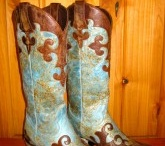 RiverTrail Boots / by Melissa Tompkins