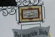 Bunte Wappen Logos Firmenschilder aus Bleiglas / http://at.sooscsilla.com/portfolio/bunte-wappen-logos-firmenschilder-aus-bleiglas/ http://at.sooscsilla.com/herstellung-von-bleiglasfenster-und-bleiglastueren-fuer-privat-und-unternehmen/