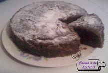 Torta de chocolate en el microondas / Receta de la torta en el microondas disponible en: http://cocinaatuestilo.blogspot.com/2014/08/receta-torta-de-chocolate-en-el.html