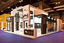 Veteco / Stand de Alugom creado por COOC Alternativa de Diseño para VETECEO, el Salón Internacional de la ventana, fachada y protección solar.