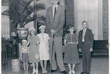 Robert Wadlow / Robert Wadlow - tallest known man on Earth