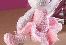 crochet patterns / by Jennifer Elliott