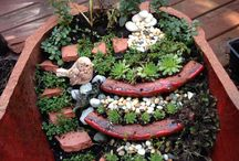 Organised mess gardens / A bit of fun with broken plant pots I've found and turned it into a lil hobby