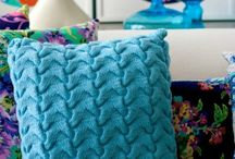 Knitting / Knitted pillow