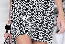 Alto Verão: crop,blusa,short,saia,vestido  #leve,leve / Moda feminina-alto verão.......Sol forte,lugares de clima quente. Requerem roupas mais leves,uso de sandálias,sapatos adequados (ex: nunca botas).Spring,Summer.Tropical