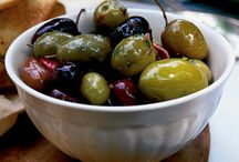 Foods: Olives & (olive) Oils / All about olives and it's oils / by Wendy Wierenga